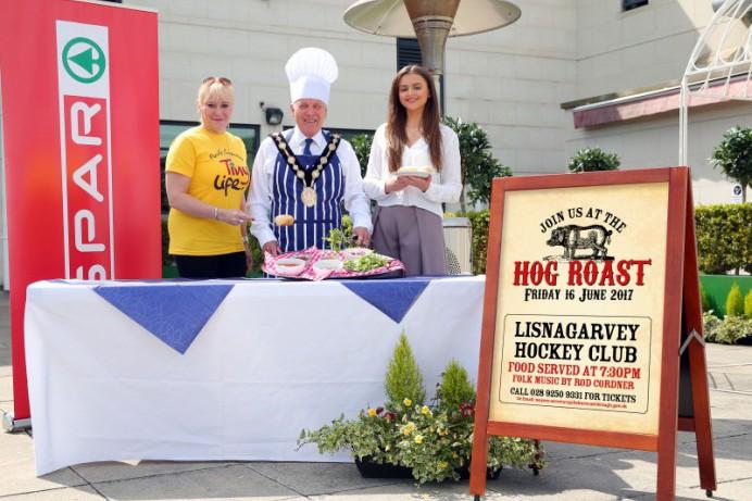 Mayor Hosts Hog Roast Evening