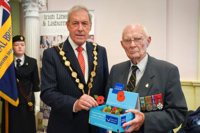 Mayor appeals for Residents to support the Poppy Appeal