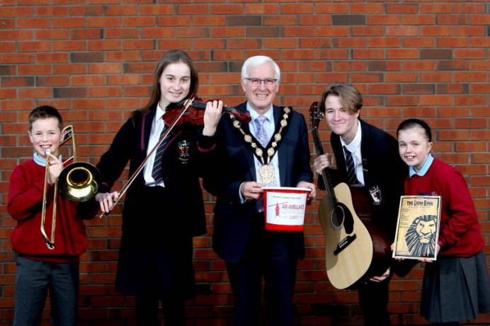 'Fly Me to the Moon' Concert to Raise Money for Air Ambulance NI
