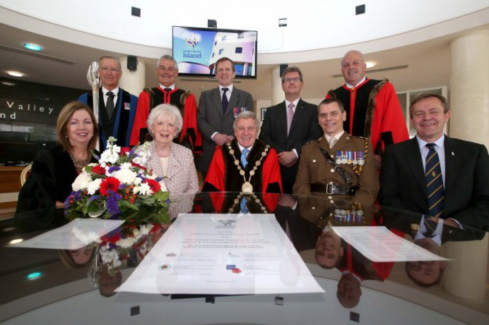 Council Signs the Armed Forces Covenant