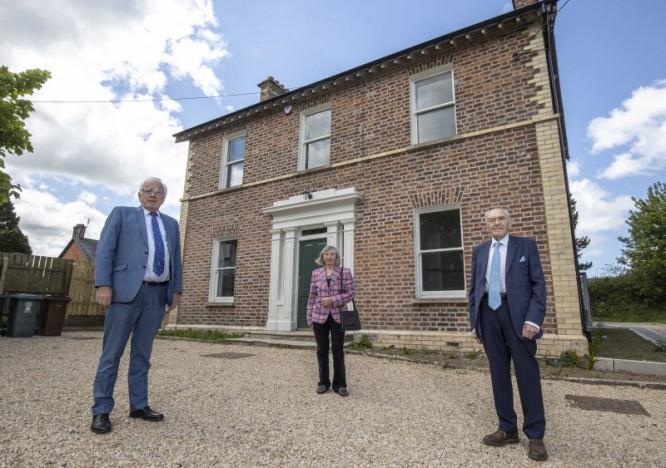 Navigation Houses' Past Transformed